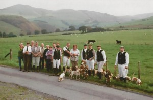 Masters, Hunt Staff and Supporters of the North Warwickshire Beagles on their trip to Wales