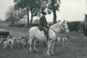 Lord Exeter and his Burghley Hounds