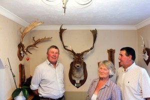 John Stride, Mrs Chris Compton former Master NFBH and Graham Wilson a New Forest Keeper